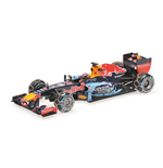 RED BULL RB7 MAX VERSTAPPEN SNOW DEMOSTRATION RUN 2016