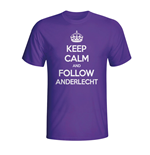 Camiseta Keep Calm and Carry On (Roxo)