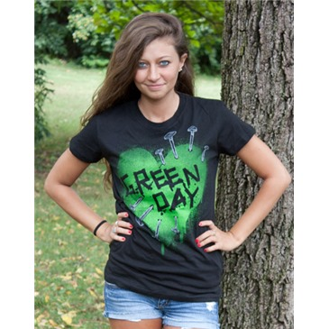 daf8daf2c4679 Camiseta GREEN DAY Heart Nails Original: Compra Online em Oferta